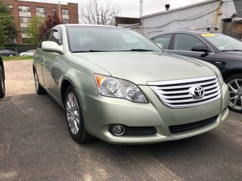 2008 Toyota Avalon for sale at OFIER AUTO SALES in Freeport NY