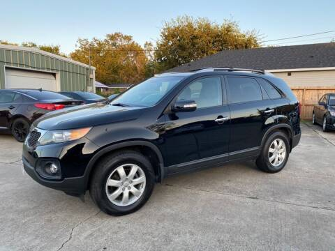 2013 Kia Sorento for sale at Victoria Pre-Owned in Victoria TX