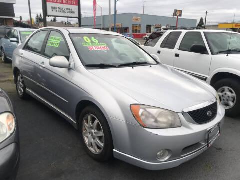 2006 Kia Spectra for sale at American Dream Motors in Everett WA