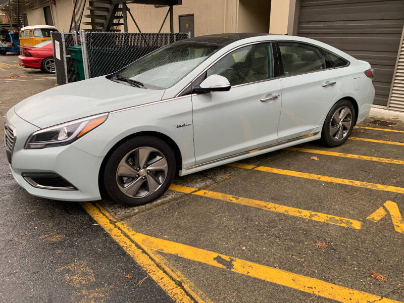 2016 Hyundai Sonata Hybrid for sale at Wild About Cars Garage in Kirkland WA