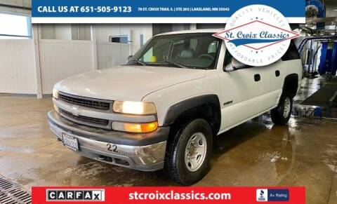 2000 Chevrolet Suburban for sale at St. Croix Classics in Lakeland MN