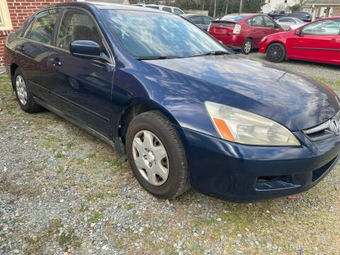 2007 Honda Accord for sale at Maxx Used Cars in Pittsboro NC