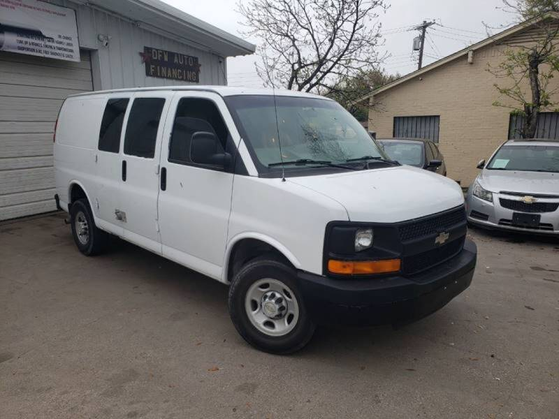 2007 Chevrolet Express Cargo for sale at DFW AUTO FINANCING LLC in Dallas TX