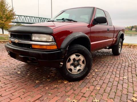 2001 Chevrolet S-10 for sale at PUTNAM AUTO SALES INC in Marietta OH