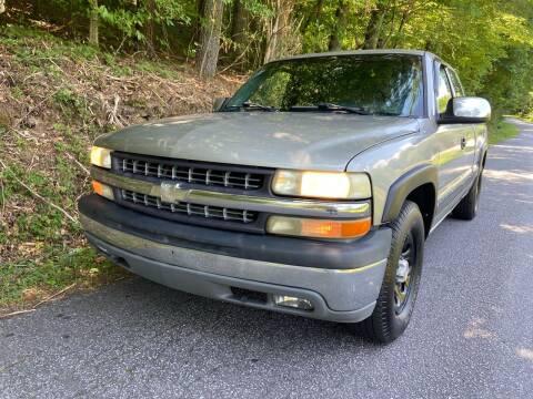 2000 Chevrolet Silverado 1500 for sale at Lenoir Auto in Lenoir NC