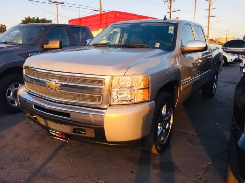 2009 Chevrolet Silverado 1500 for sale at Auto Max of Ventura in Ventura CA