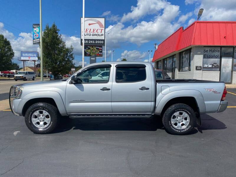 2007 Toyota Tacoma for sale at Select Auto Group in Wyoming MI