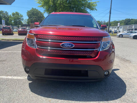 2013 Ford Explorer for sale at Carz Unlimited in Richmond VA
