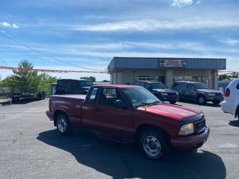 1998 GMC Sonoma for sale at FIESTA MOTORS in Hagerstown MD