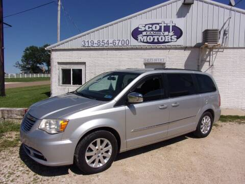 2011 Chrysler Town and Country for sale at SCOTT FAMILY MOTORS in Springville IA