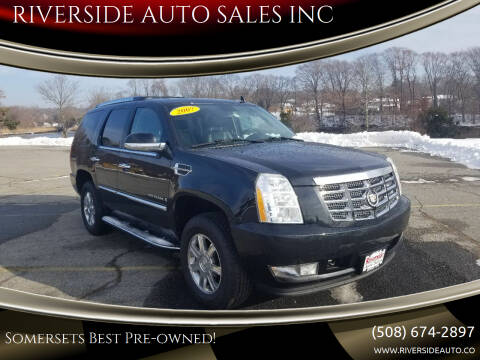 2007 Cadillac Escalade for sale at RIVERSIDE AUTO SALES INC in Somerset MA