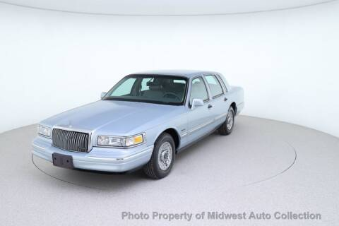 1997 Lincoln Town Car for sale at MIDWEST AUTO COLLECTION in Addison IL