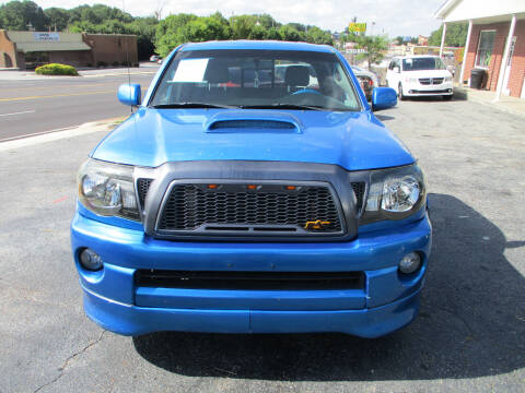 2005 Toyota Tacoma for sale at LOS PAISANOS AUTO & TRUCK SALES LLC in Doraville GA
