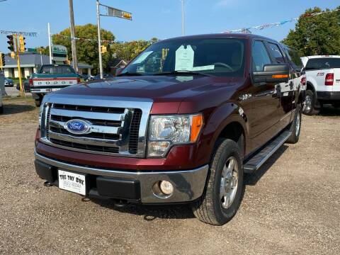 2009 Ford F-150 for sale at Toy Box Auto Sales LLC in La Crosse WI