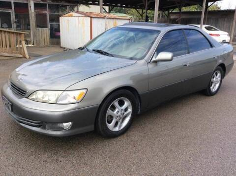 2001 Lexus ES 300 for sale at OASIS PARK & SELL in Spring TX