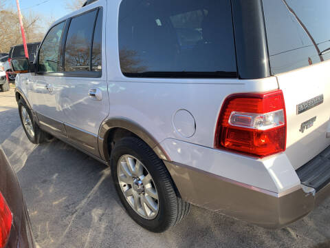 2012 Ford Expedition for sale at BULLSEYE MOTORS INC in New Braunfels TX