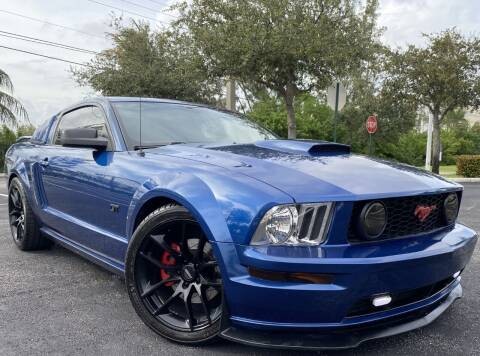 2007 Ford Mustang for sale at Maxicars Auto Sales in West Park FL