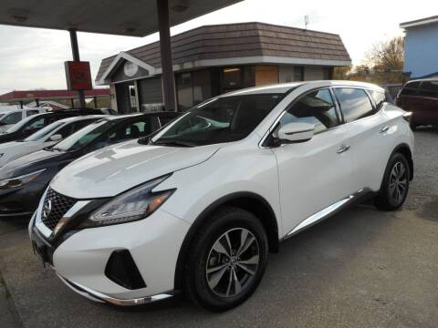 2019 Nissan Murano for sale at River City Auto Center LLC in Chester IL