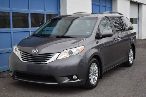 2015 Toyota Sienna for sale at IdealCarsUSA.com in East Windsor NJ