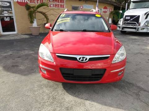 2011 Hyundai Elantra Touring for sale at VALDO AUTO SALES in Miami FL