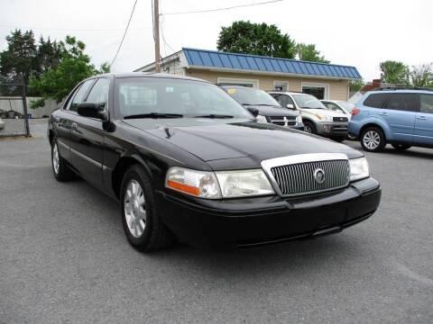 2003 Mercury Grand Marquis for sale at Supermax Autos in Strasburg VA
