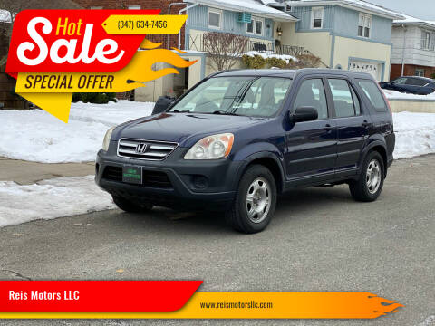 2006 Honda CR-V for sale at Reis Motors LLC in Lawrence NY