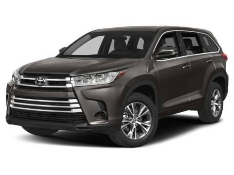 2019 Toyota Highlander for sale at FRED FREDERICK CHRYSLER, DODGE, JEEP, RAM, EASTON in Easton MD