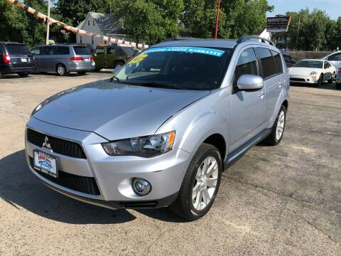 2013 Mitsubishi Outlander for sale at Bibian Brothers Auto Sales & Service in Joliet IL