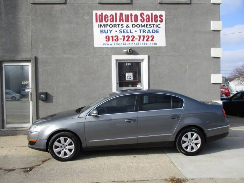 2007 Volkswagen Passat for sale at Ideal Auto in Kansas City KS