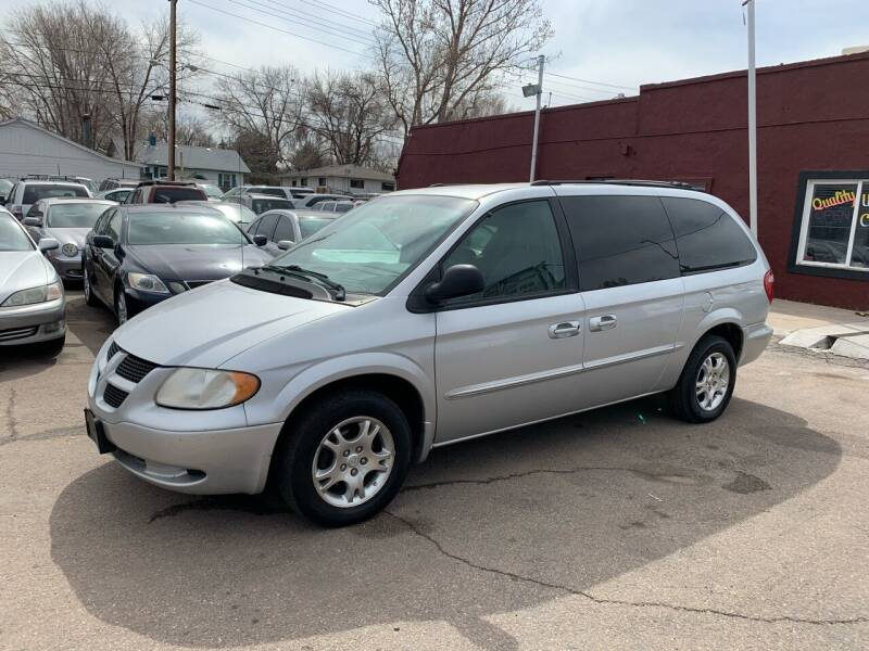 2002 Dodge Grand Caravan for sale at B Quality Auto Check in Englewood CO