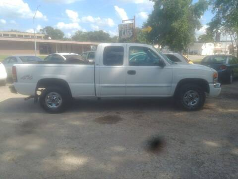 2003 GMC Sierra 1500 for sale at D & D Auto Sales in Topeka KS