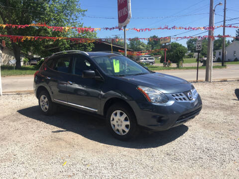 2014 Nissan Rogue Select for sale at Antique Motors in Plymouth IN