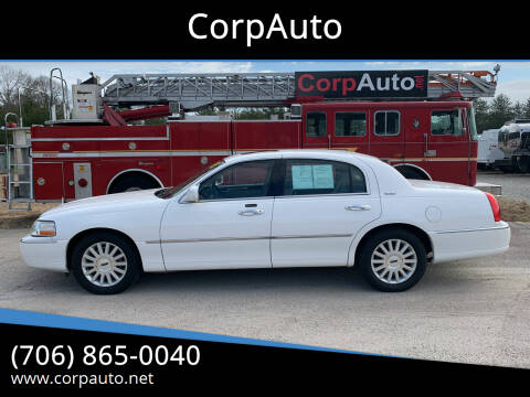 2003 Lincoln Town Car for sale at CorpAuto in Cleveland GA