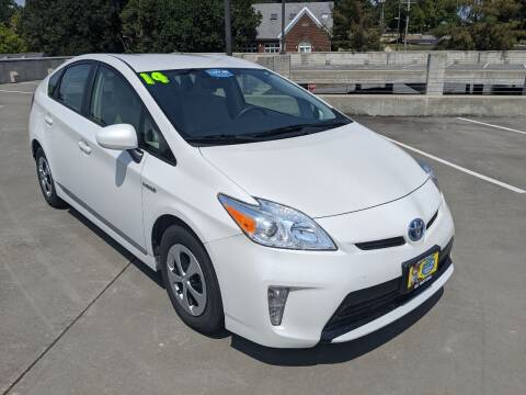 2014 Toyota Prius for sale at QC Motors in Fayetteville AR