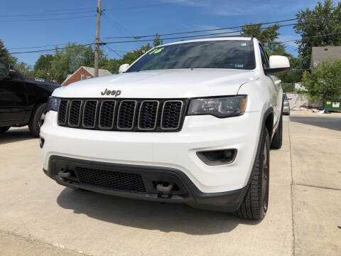 2016 Jeep Grand Cherokee for sale at Julian Auto Sales, Inc. in Warren MI