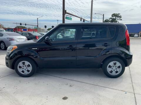 2013 Kia Soul for sale at Auto Outlet of Sarasota in Sarasota FL
