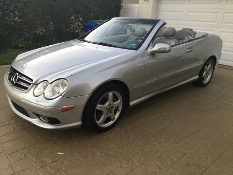 2004 Mercedes-Benz CLK for sale at The Car Store in Milford MA
