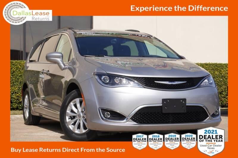 2017 Chrysler Pacifica for sale at Dallas Auto Finance in Dallas TX