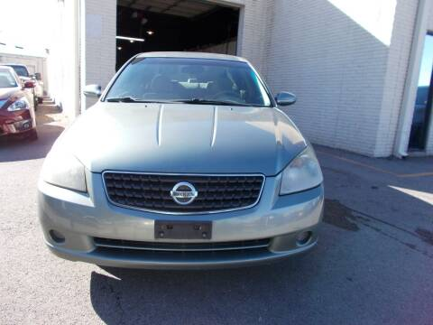 2006 Nissan Altima for sale at ACH AutoHaus in Dallas TX