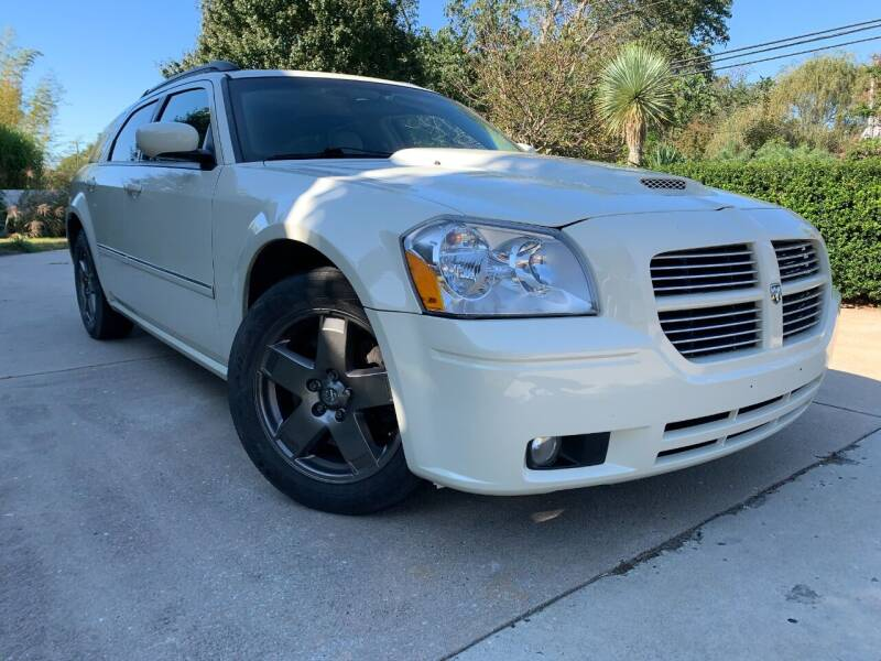 2005 Dodge Magnum for sale at 303 Cars in Newfield NJ