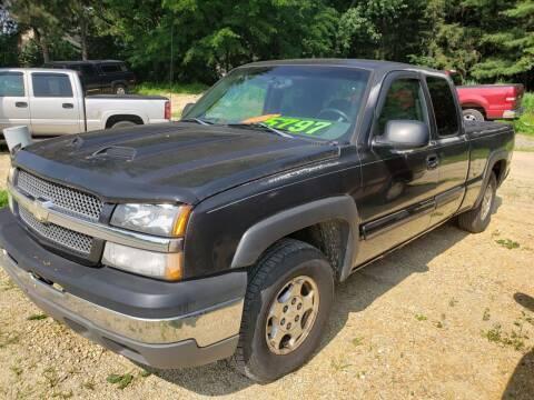 2004 Chevrolet Silverado 1500 for sale at Northwoods Auto & Truck Sales in Machesney Park IL