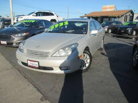 2003 Lexus ES 300 for sale at Quick Auto Sales in Modesto CA