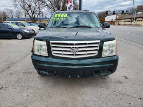 2002 Cadillac Escalade for sale at Street Side Auto Sales in Independence MO
