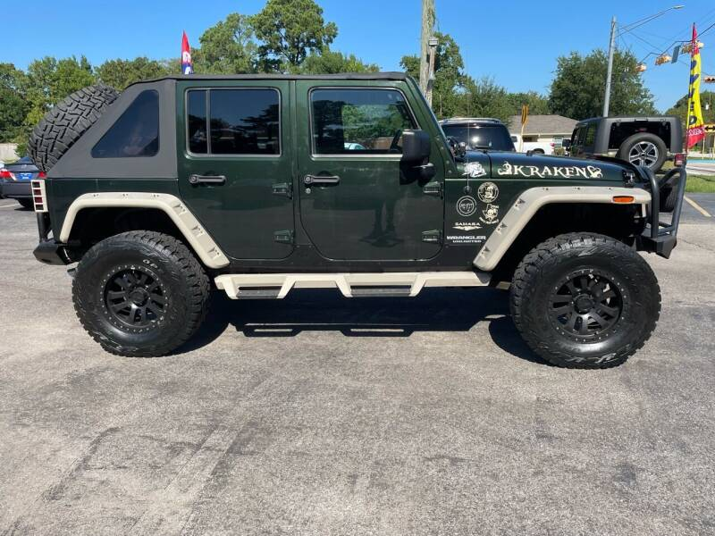 2010 Jeep Wrangler Unlimited for sale at QUALITY PREOWNED AUTO in Houston TX