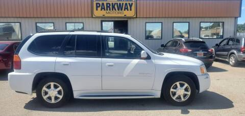 2005 GMC Envoy for sale at Parkway Motors in Springfield IL