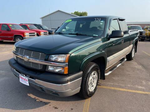 2004 Chevrolet Silverado 1500 for sale at De Anda Auto Sales in South Sioux City NE