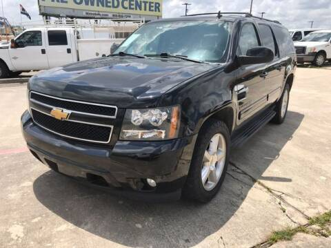 2013 Chevrolet Suburban for sale at RIVERCITYAUTOFINANCE.COM in New Braunfels TX