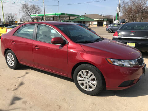 2011 Kia Forte for sale at Super Trooper Motors in Madison WI