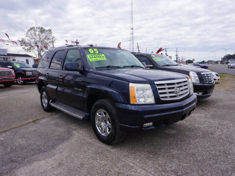 2005 Cadillac Escalade for sale at BLUE RIBBON MOTORS in Baton Rouge LA