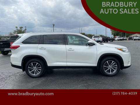 2019 Toyota Highlander for sale at BRADBURY AUTO SALES in Gibson City IL